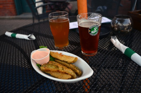 molly malone's covington kentucky fried pickles