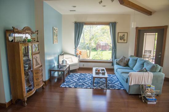 Blue and White Livingroom